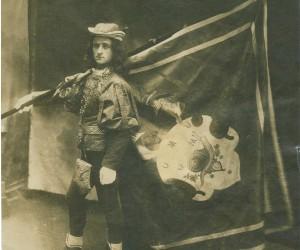 1904-IL FIGURIN MAGGIORE CON IL NUOVO COSTUME