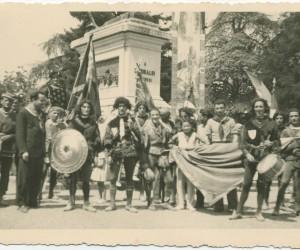 1938- 17 AGOSTO IN POSA CON IL PALIO ALLA LIZZA
