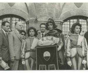 1954- 18 LUGLIO CERIMONIA CONSEGNA MASGALANO DEL 2 LUGLIO 3