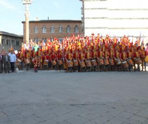 2015 - foto comparsa al Duomo